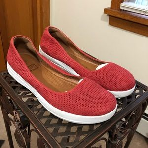 FITFLOP perforated leather ballet flat comfy shoe